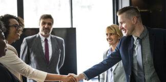 Jak sprawić, aby spotkanie biznesowe przebiegło w miłej atmosferze?